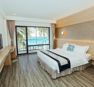 Deluxe Double Room Sea View with Balcony